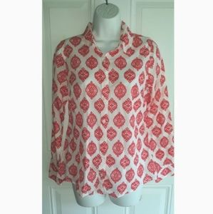 NWOT! CROWN & IVY RED/WHITE PRINT BUTTON DOWN